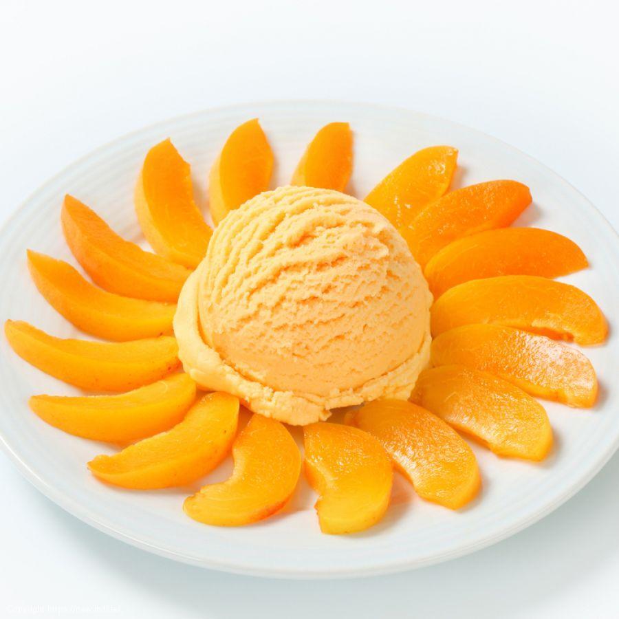 Fresh Peach Frozen Yogurt