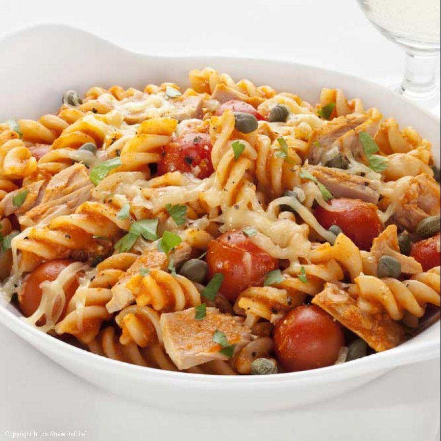 Tuna and pasta bake